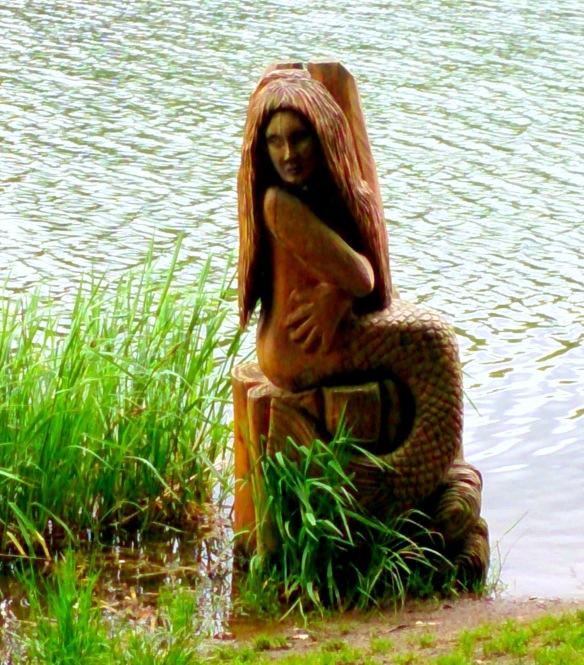 Seejungfrau am Holzmaar